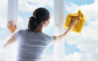 Get Help with Window Washing Before Winter Hits